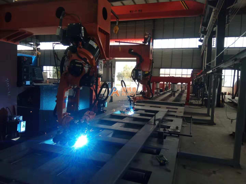 诺博泰车厢板焊接机器人工作站交付云南客户使用